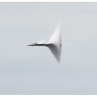 Andrea Galvani | Llevando una pepita de oro a la velocidad del sonido | 22 Aprile, Ore 21.00 | Revolver Galeria